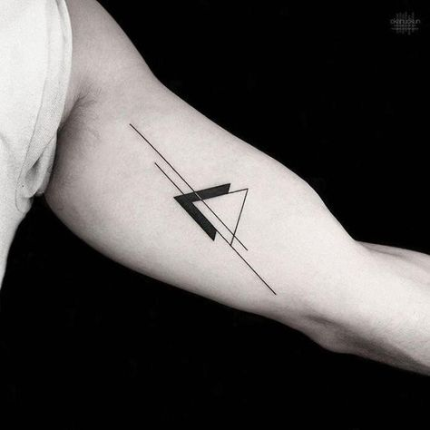 tatuagem estilosa masculina