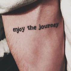 tatuagem frase