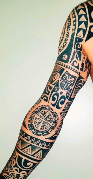 tatuagem homem maori