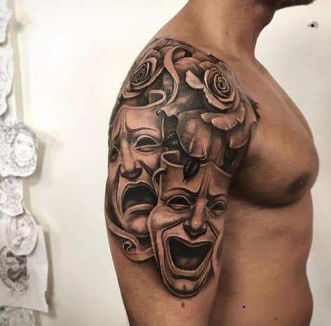 tatuagem masculina teatro