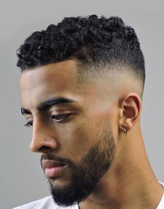 cabelo cacheado masculino deagrdê
