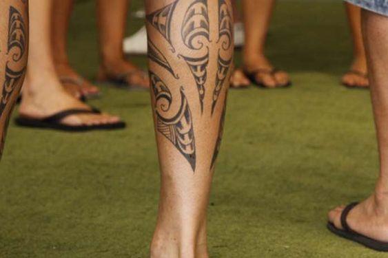 tatuagem-pernas-tribal