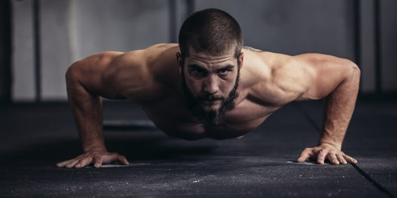 corpo definido masculino natural
