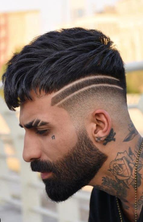corte de cabelo moicano risca