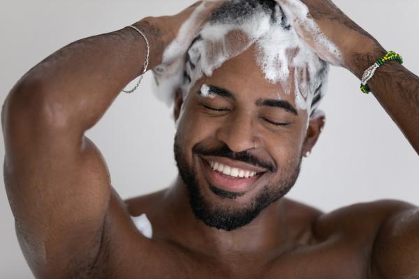 Lavar Cabelo Masculino
