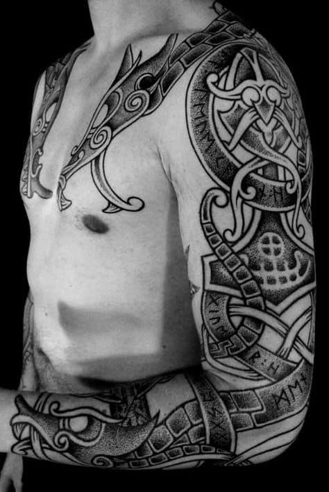 grande tatuagem viking