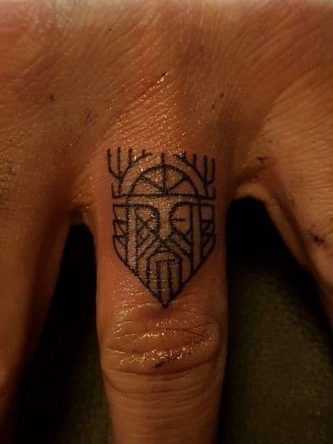 tatuagem pequena Odin